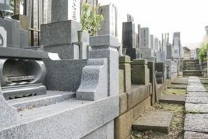 お墓参りの正しいマナー、常識の範囲内で知っておきたい作法